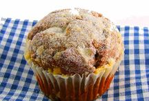 Sweet Tooth: Muffins and Buns / by Anja Jones