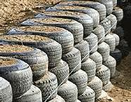 muro de arrimo com pneu