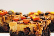 Desserts / by Nicole Holloway
