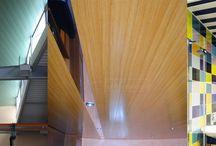 Techos De Aluminio / Techos de aluminio Aranda ofrece soluciones específicas para cada exigencia constructiva. Siendo la mejor opción para decorar su techo por su fácil instalación, limpieza y manutención poco exigente.