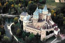 Castles and Great Homes / by Kathy Goldenbogen