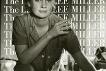 Lee Miller / Элизабет Миллер фотограф, фотомодель с обложки «Vogue» , военный корреспондент, снимавший освобождение Дахау и Освенцима. В семь лет её изнасиловал друг семьи в Бостоне и заразил гонореей. В 19 лет она стала популярной фотомоделью, красовалась на обложке Vogue и позировала Эдварду Стейхену. С 1929 была ассистенткой, музой и моделью Мана Рэя в Париже. В 30 лет сблизилась с Пикассо, который написал её портрет. В 38 лет она позировала для знаменитой фотографии в ванной Гитлера.