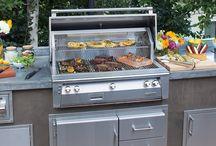 Alfresco grills / Outdoor kitchens featuring alfresco grills