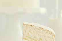 Wedding Cakes / by Applekaos