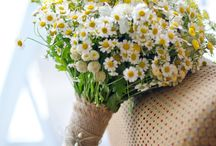 Artifical Flower Arrangements / The beauty and creativity of artificial flower arrangements
