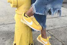 Yellow aesthetics