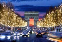 Champs Elyées, Paris.