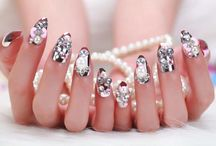 Diamond Nail Art Designs / Diamond nails are among the top pick of nail art among ladies these days.