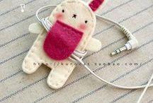 earphone holder
