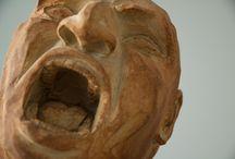 """Artistas: Jeniffer Ferrer / Obras de la artista venezolana Jeniffer Ferrer expuestas en el Estudio Tigomigo. Exposición """"Cavilaciones""""."""