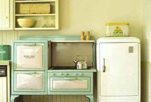 shabby chic style / by Allison Dollison