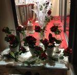 Dekoracja witryny sklepowej - Walentynki 2014 / Dekoracja wystawy sklepowej w naszej Pracowni w Końskich, Pocztowa 1. Aranżacja walentynkowa
