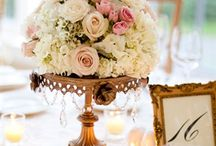 Cake and flowers stand ideas.
