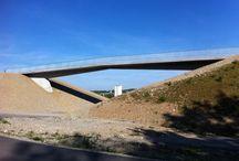 architecture / Bridges + Traffic Construction