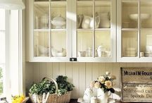 Kitchen and Pantry Inspiration / Kitchen decor, pantry organization, kitchen and cooking gadgets