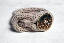 Knitting and crochet projects, gifts and accessories / projects, gifts and accessories for folk who knit and crochet