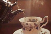 Porcelánok & Kristályok & Étkészletek & Poharak & Csentrék