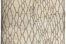 tappeti berberi / Collezione tappeti Berberi Beni Ourain, I nostri produtti vengono direttamente dal  popolazioni nomadi che fanno i tappeti berberi realizzano con la lana e  materie prime di tappeti .tappeti berberi con eccellente Campo bianco crema caratterizzata da motivi geometrici costituiti da linee geometriche di nero o marrone che creano spesso asimmetrica diamond e forme astratte Questo tappeto Vintage è Fuffy 100% Lana naturale non tinto in avorio Beige con motivo bella diamante marrone.