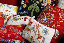Landskapssömmar / Regional embroideries of Sweden