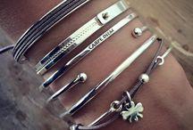 Bracelets•
