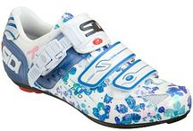 Womens Cycling Shoes / Womens cycling shoes for cyclists of all levels and all budgets. / by Cycling Boards