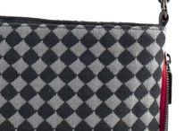 Labolsina Labpad/R / Shoulder bag practical also as an ipad holder. The shoulder strap is adjustable and can turn into a shoulder bag.