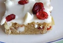 Food - Desserts / by Lisa Ivory