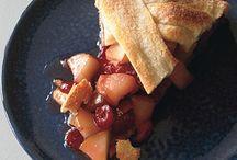 LOVE YUMMY Pies & Tarts!!!! / by Vivian Simons