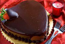 Τούρτα σοκολάτα καρδιά με φράουλες / Τούρτα σοκολάτα καρδιά για ερωτευμένους και όχι μόνο!