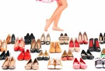 Estilo / Descubre las últimas tendencias en calzado, bañadores, vaqueros,...