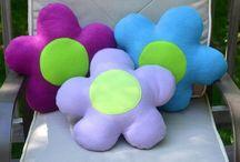 Подушка-цветок