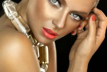 Bronze Makeup Collection by Yossi Bitton
