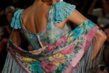 Mantoncillos y trajes flamenca