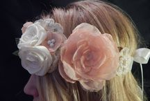 Wedding hair / Flowers, flowers, flowers