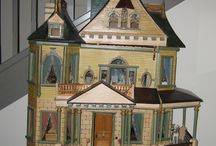 Dollhouses - antique