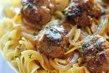 Salisbury meatball / Egg noodles