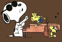 Snoopy & Toons / by Bobbie Hofmister