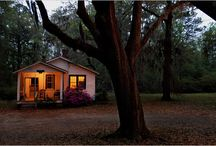 Country Southern Home / by Marcia Hron