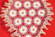 CROCHET....VINTAGE CROCHETED DOILIES / by Darlene Caldwell