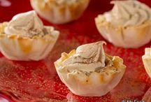 Low-Carb Sweet Treats / by Dianne Kelley