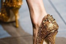 Gold Weddings / Gold wedding ideas and inspiration