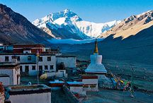 Mount Everest Gruppenreisen / Einmal im Leben den höchsten Berg der Welt mit eigenen Augen sehen? Dann sind Sie bei unseren Gruppenreisen zum Mount Everest genau richtig!