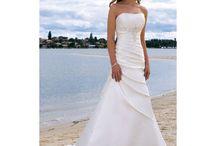 Wedding Dresses / by Natalie Adams