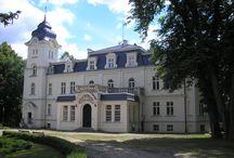 Obrzycko - Pałac / Pałac w Obrzycku (Zielona Góra)  zbudowany w 2 poł. XIX w. dla zniemczonej gałęzi Raczyńskich, przebudowany w latach 1900-1910. W 1939 roku właścicielem był Niemiec Zygmunt Emeryk Raczyński IV ordynat na Obrzycku. Obecnie jest to hotel.  Palace in Obrzycko (Zielona Góra) built in 2 half The 19th century for the germanized branch Raczyński, rebuilt in 1900-1910 years. At present it is hotel.