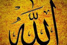 """ISLAM / Islam (Arab: al-islām, الإسلام adalah agama yang mengimani satu Tuhan, yaitu Allah. Islam memiliki arti """"penyerahan"""", atau penyerahan diri sepenuhnya kepada Tuhan (Arab: الله, Allāh). Pengikut ajaran Islam dikenal dengan sebutan Muslim yang berarti """"seorang yang tunduk kepada Tuhan"""" Islam mengajarkan bahwa Allah menurunkan firman-Nya kepada manusia melalui para nabi dan rasul utusan-Nya, dan meyakini dengan sungguh2 bahwa Muhammad adalah nabi dan rasul terakhir yang diutus ke dunia oleh Allah."""