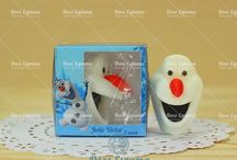 Linha de sabonetes criados pela Doce Espuma, soap we create. / Você pode até ter visto estes sabonetes sendo vendidos em outros lugares, mas foram criados por nós, boa pinagem! creative soaps.