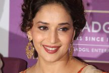 Actress Madhuri Dixit HD Wallpaper   Famous HD Wallpaper