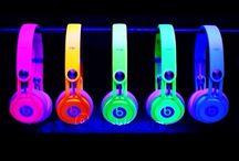 heaphones!!