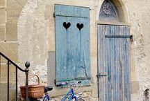 Door & entrance