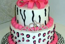 *{Cake Ideas}* / by Destiny Copass